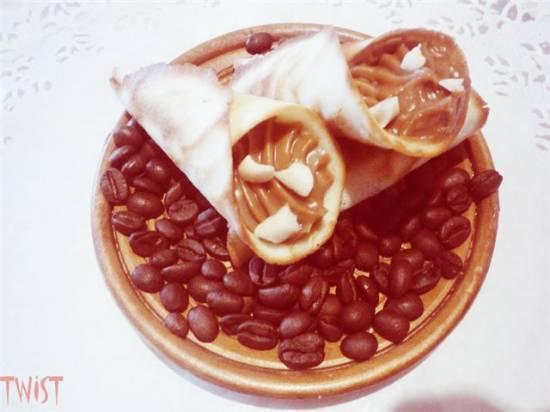 Хрустящие корнетики с кофейным кремом