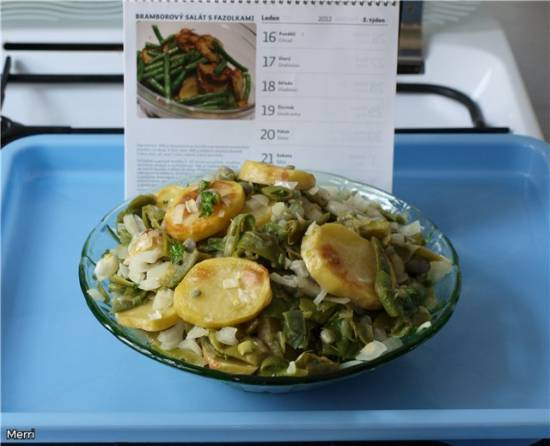Салат с картофелем и фасолью