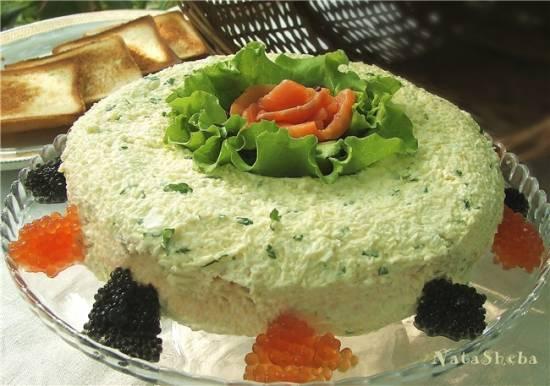 Слоеный русский салат с форелью и икрой из кинофильма «Вам письмо»