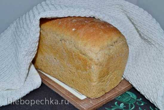Хлеб пшеничный с мягким сыром на кальвадосе