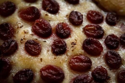 Скьяччата кон лува (Хлеб с виноградом) / Schiacciata con l'uva (духовка)
