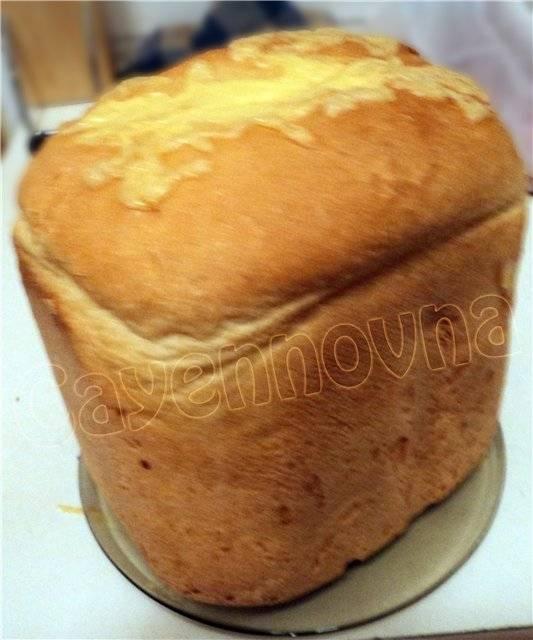 Белый хлеб. Просто и вкусно.