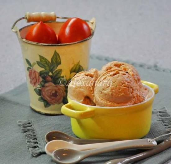 Мороженое сливово-томатное с пряничными специями