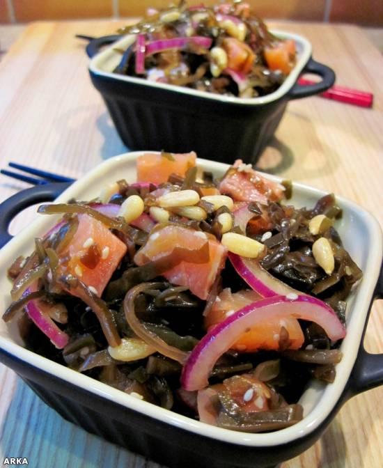 Салат из морской капусты в восточном стиле