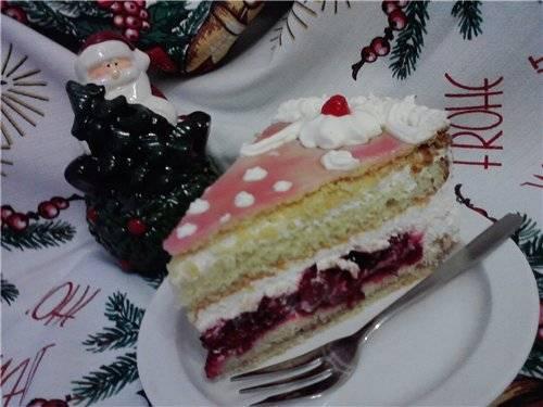 Торт сливочно-вишневый