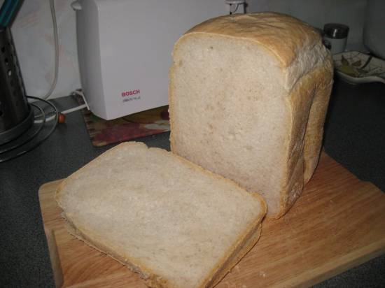 Базовый пшеничный хлеб на закваске (хлебопечка) Базовый пшеничный хлеб на закваске (хлебопечка)