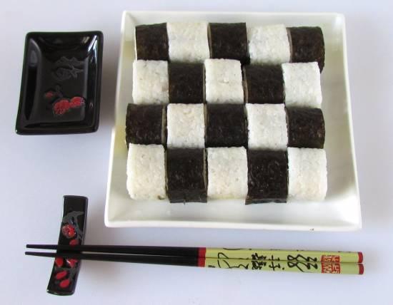 Суши-маки Шахматы