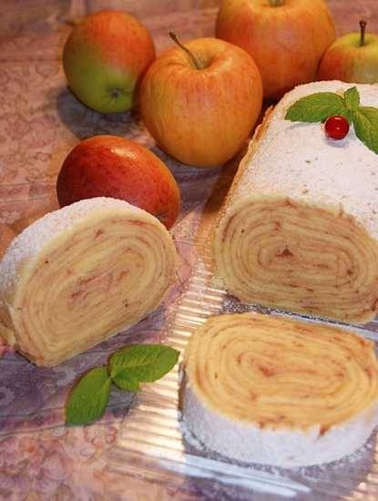 Рулет с яблоками Bolo de Rolo