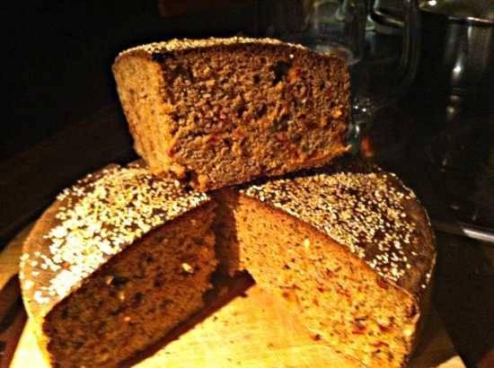 Ржаной цельнозерновой хлеб с паприкой на закваске Ржаной цельнозерновой хлеб с паприкой на закваске