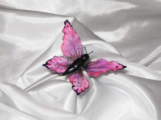 Бабочка из мастики