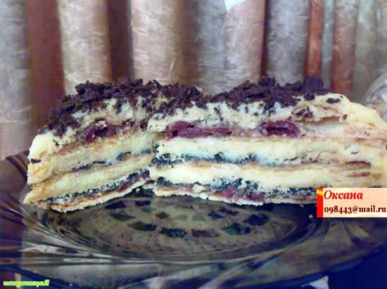 Торт-пляцок с вишнями и маком