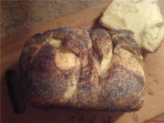 Булка-плетенка от Дарии Цвек