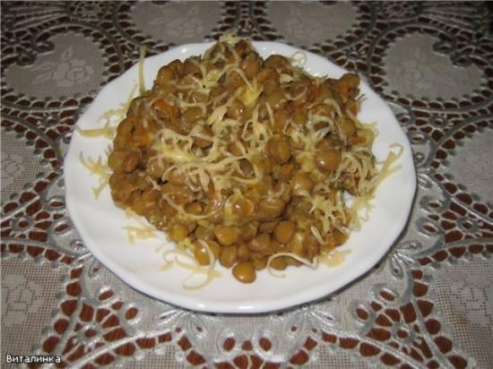 Чечевица с овощами и сыром