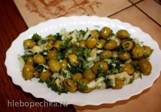 Острая закуска из зеленых оливок
