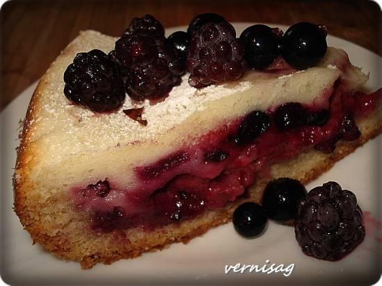 Тигранин пирог с ягодами