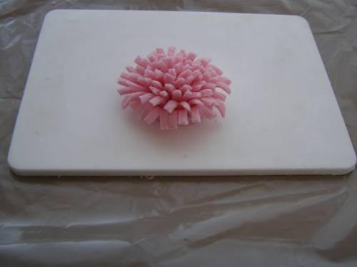 Хризантема из простой мастики для начинающих