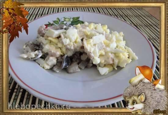Салат «Куриный с черносливом или курагой»