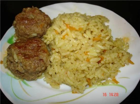 Пряный рис и тефтели с сыром - блюдо-дуэт (мультиварка-скороварка Polaris 0305)