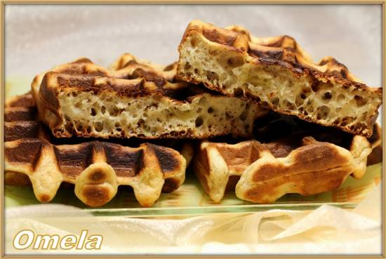 Банановые вафли с орехами(без яиц)