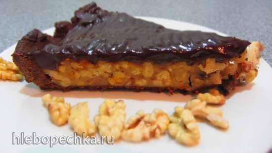 Тарт шоколадный с карамелью и грецкими орехами