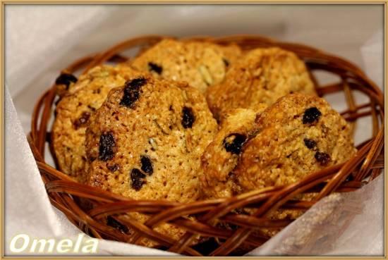 Овсяное печенье с изюмом и тыквенными семечками