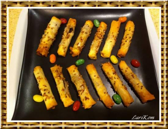 Сигарки из теста фило с ореховой начинкой