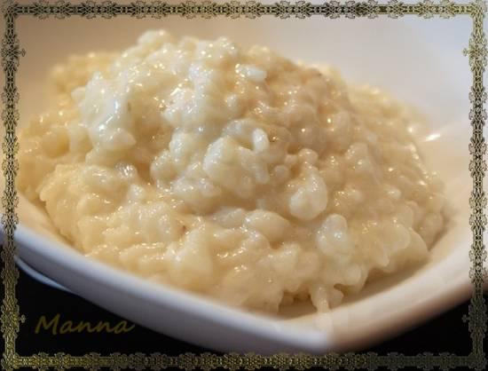 Каша молочная рисовая (1/4 мерного стакана) в мультиварке Brand 701