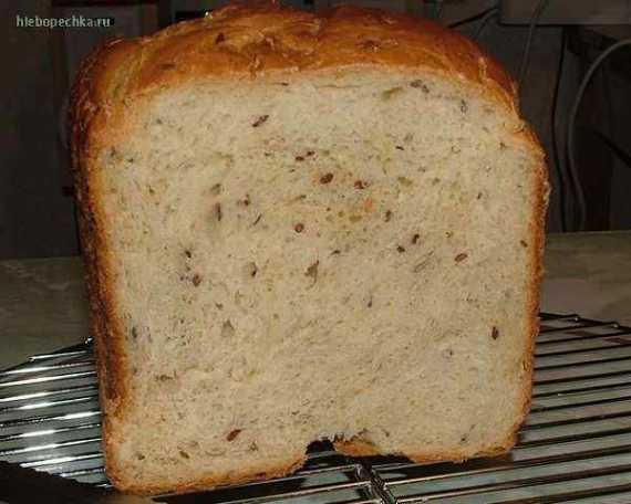 Овсяно-кукурузный хлеб с семечками (хлебопечка)