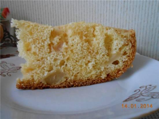 Очень простой и экономный яблочный пирог (Полярис 0520)