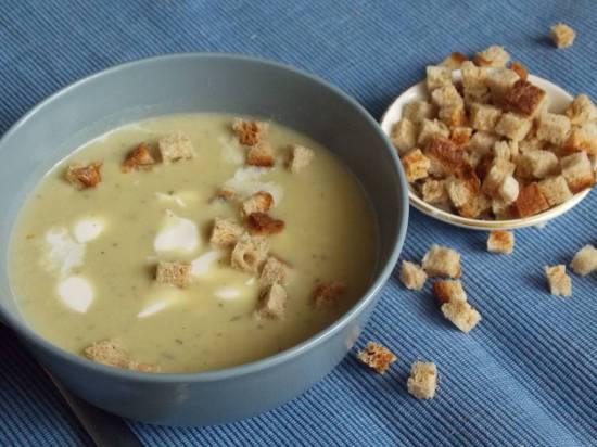 Суп-пюре из зеленого горошка (Добрыня суповар)
