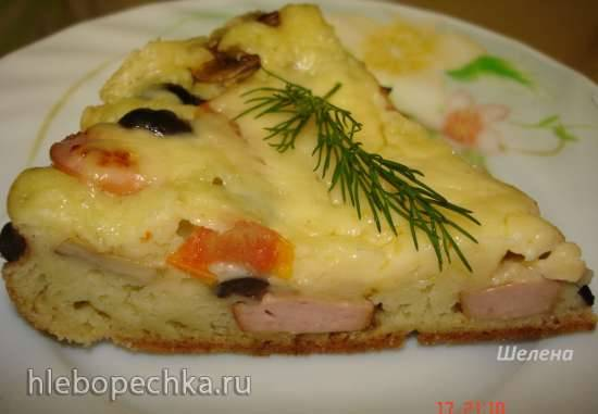 Быстрая пицца на кефирном тесте с сосисками, грибами и маслинами (Polaris 0305)