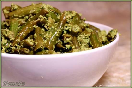 Зеленая фасоль с ореховым соусом в мультиварке Steba DD1