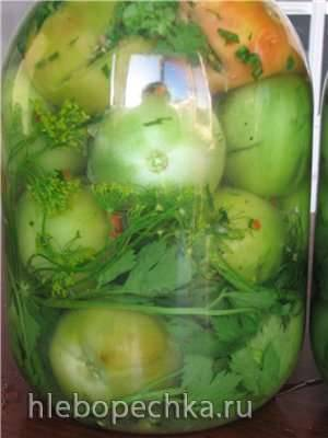 Солёные зеленые помидоры, фаршированные зеленью