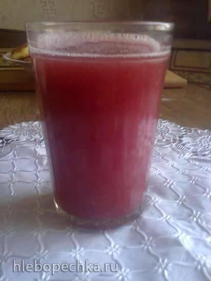 Напиток яблоко-ежевика-земляника (блендер-суповарка Tristar BL-4433)