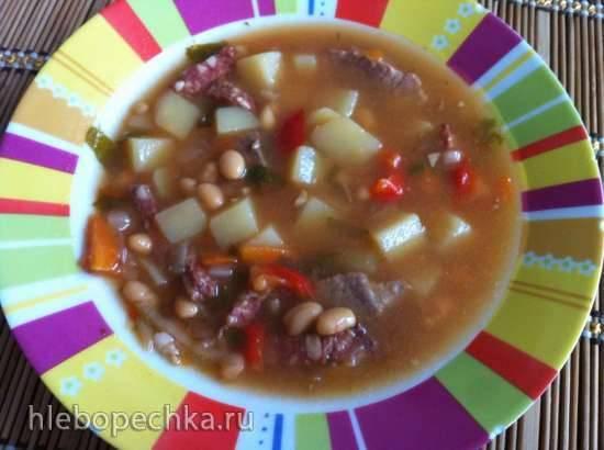 Суп фасолевый с говядиной и копченостями в мультиварке Bork U600