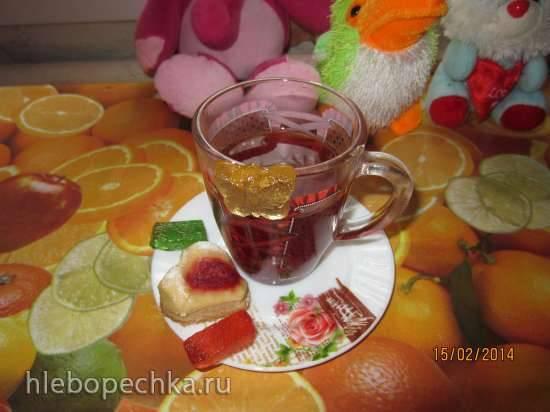 Витаминный напиток из шиповника, апельсина, корицы и ягод в Oursson MP5005