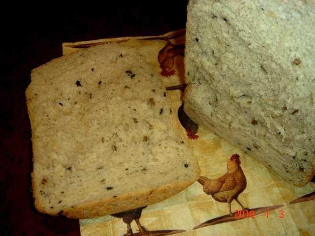 Хлеб луковый с оливками в хлебопечке