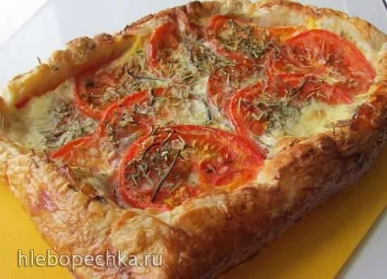 Тарт с томатами, моцареллой и пряными травами