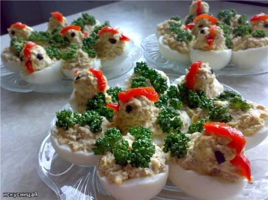 Яйца фаршированные «Цыплята»