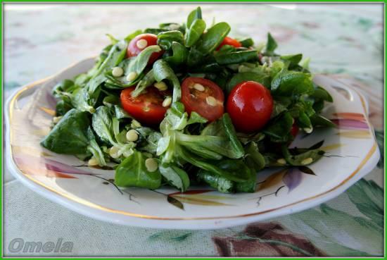Салат с пророщенной чечевицей