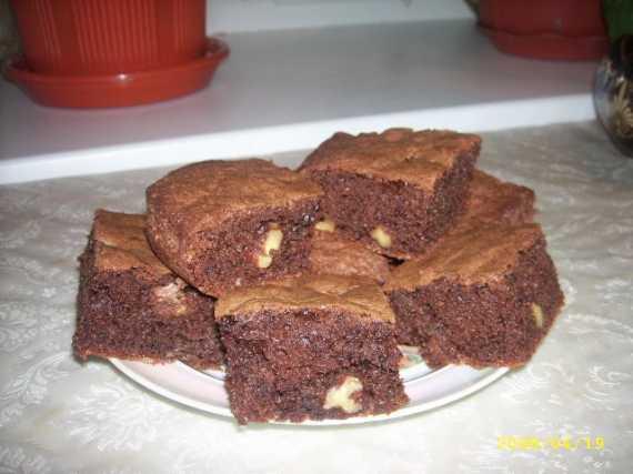 Пирожные шоколадно-ореховые