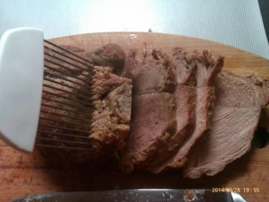 Франкская жареная свинина с соусом из темного пива и хлеба