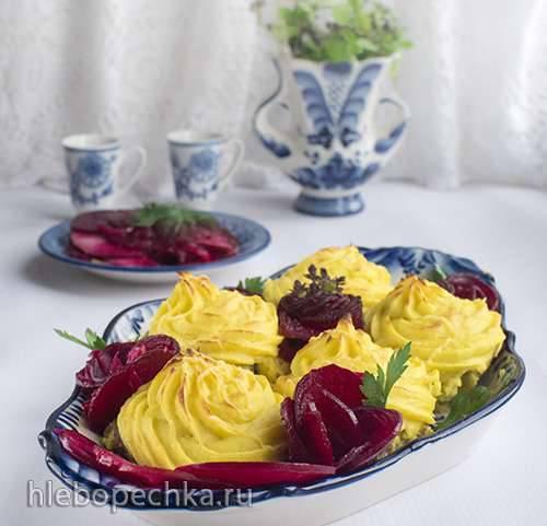 Медальоны под картофельными розами