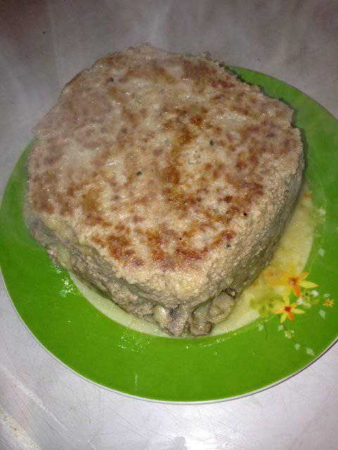 Мясная запеканка с картофельно-грибной начинкой