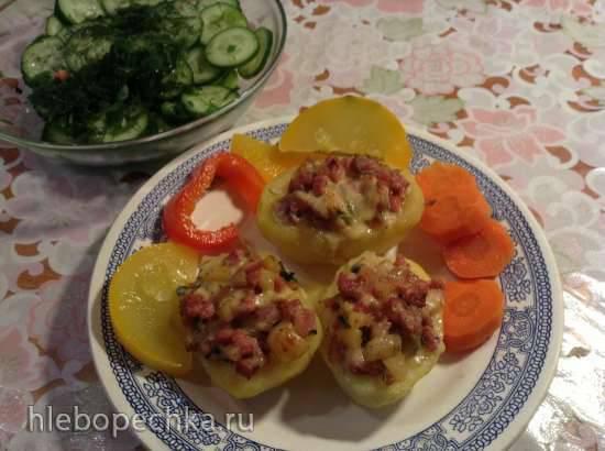 Запеченный фаршированный картофель (Gefullte uberbackene Kartoffeln )