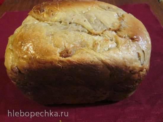 Хлеб с лимоном и грецкими орехами
