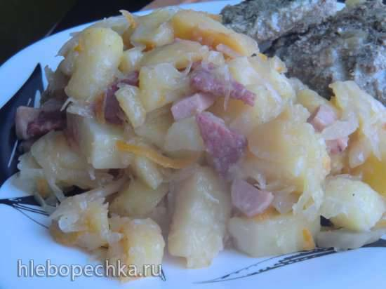 Тушеный картофель с квашеной капустой (Kartoffeln mit sauerkraut)