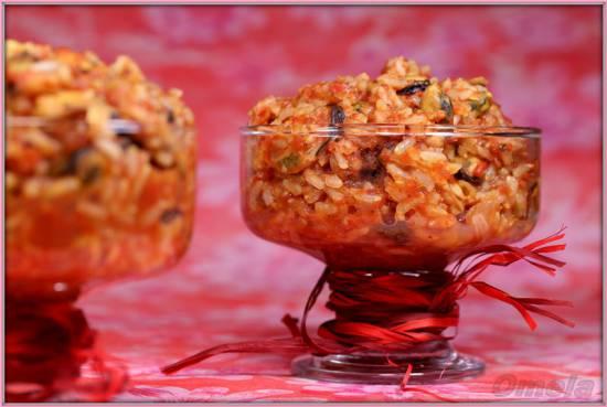 Томатный рис с мидиями