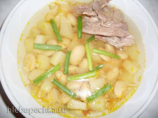 Суп фасолевый с мясом индюка