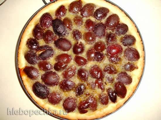 Сливовый тарт с кремом (пиццамейкер Princess 115000)